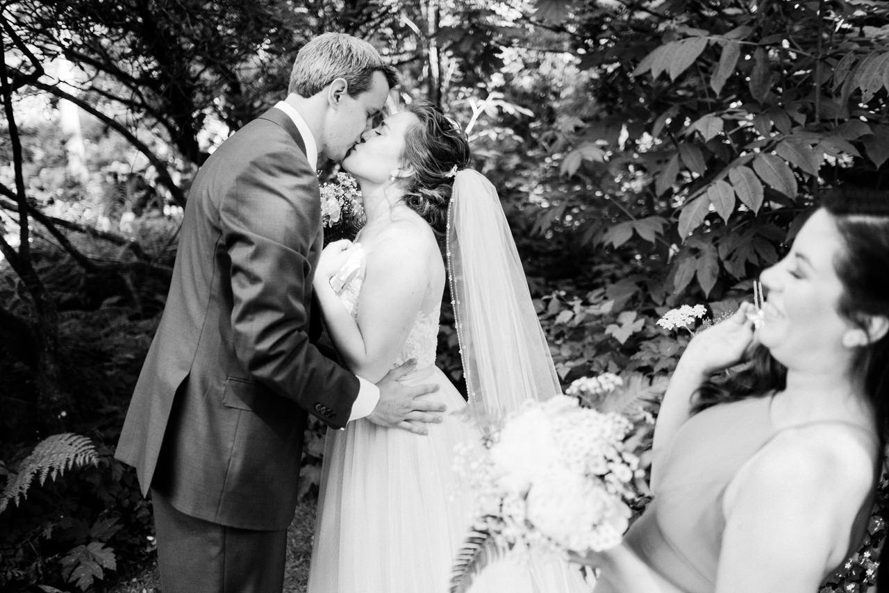 bridal-veil-lakes-canoe-gorge-wedding-065.JPG