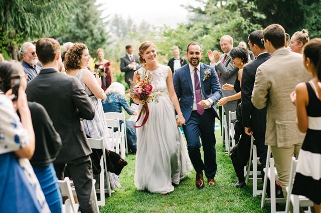 We done it!⁠ •⁠ •⁠ •⁠ •⁠ •⁠ #weddinginspiration #weddingday #weddingdress #weddingseason #mthoodorganicfarms #oregonweddingphotographer #persianwedding #joyfulwedding #justmarried⁠ ⁠