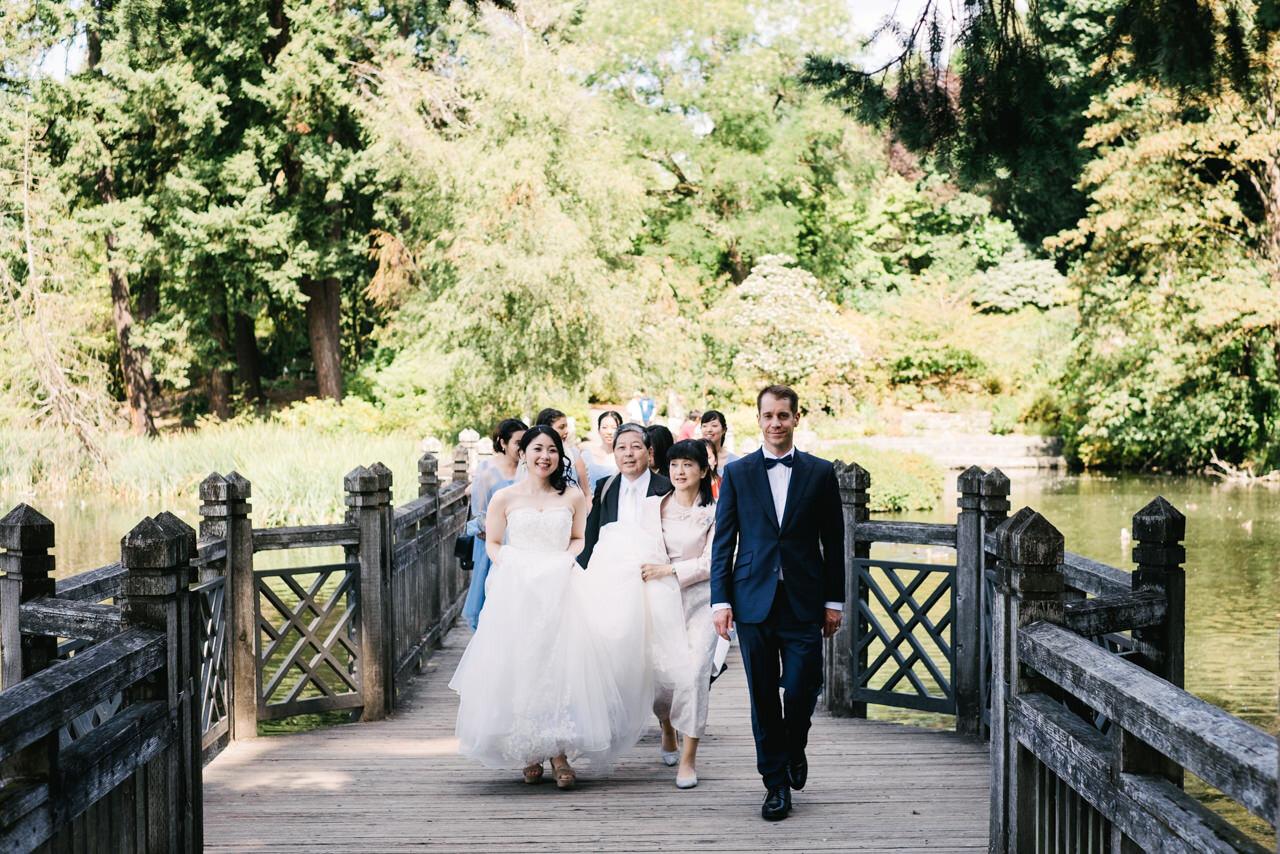 crystal-springs-rhododendron-garden-oregon-wedding-032.JPG