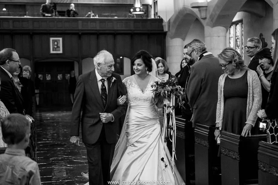 OMAHA WEDDING PHOTOGRAPHERS_HALLOWEEN WEDDING-0010.jpg