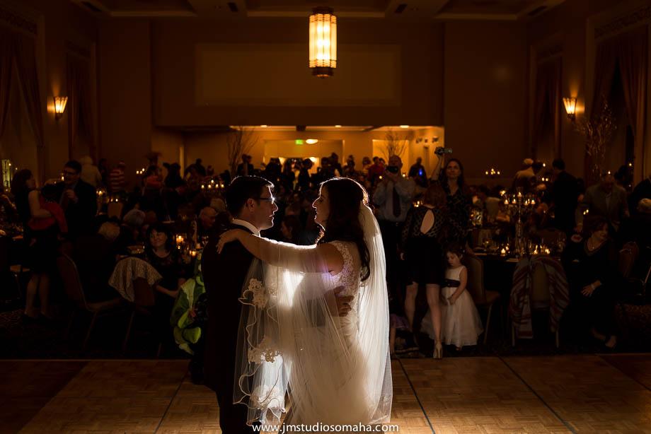 OMAHA WEDDING PHOTOGRAPHERS_HALLOWEEN WEDDING-0025.jpg