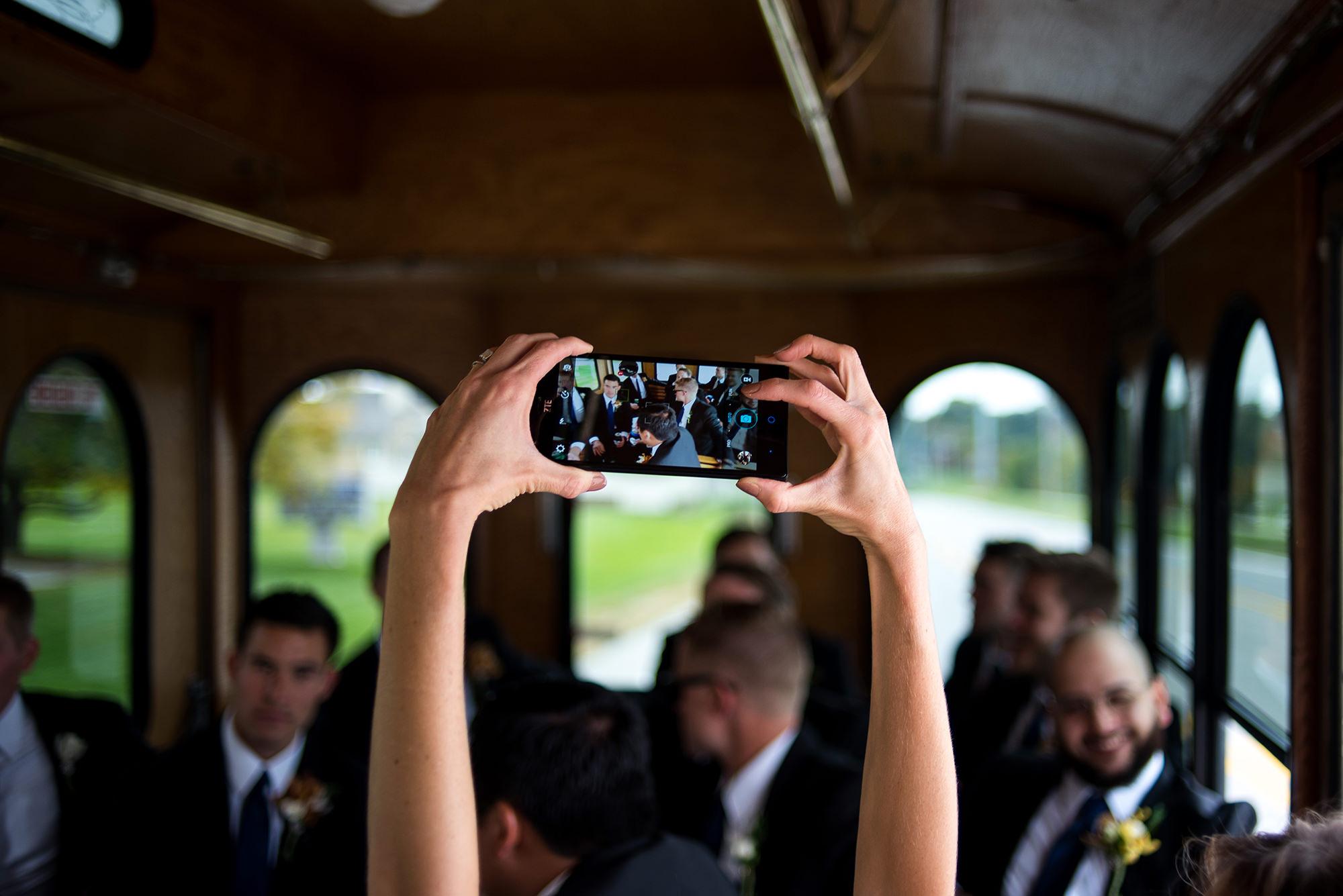 omaha wedding photographer_ollie the trollie