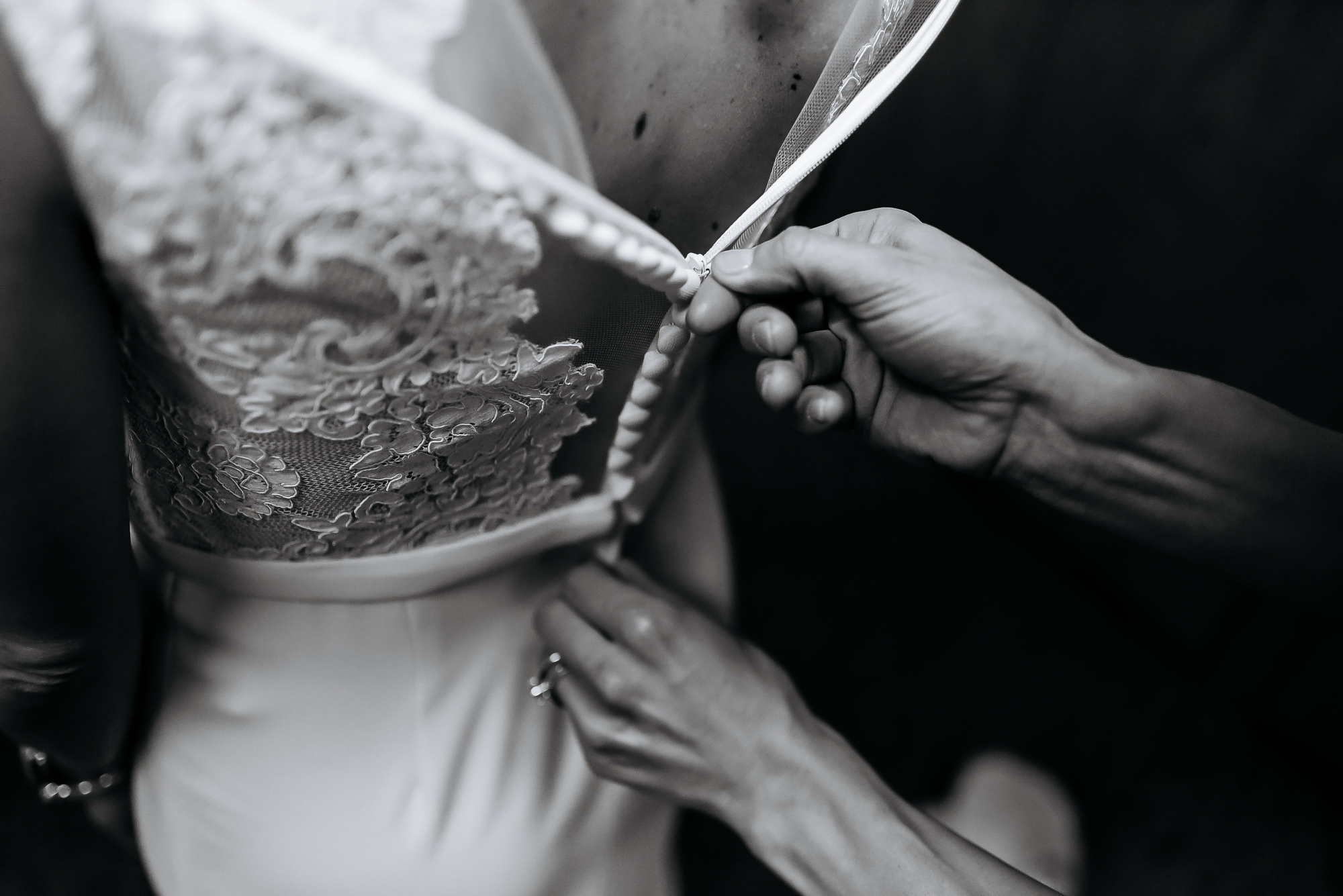 happy hollow wedding omaha wedding photographers0005.JPG