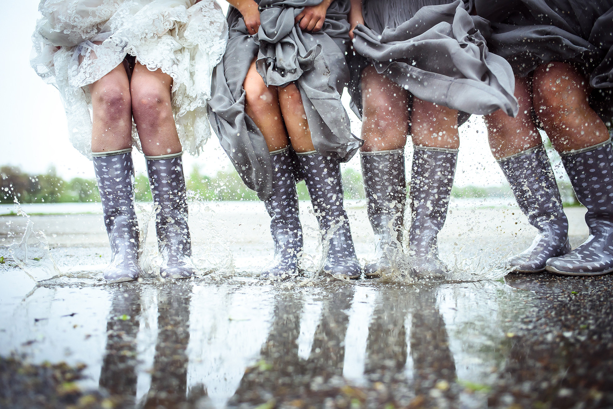 rainy-weddings-in-omaha-omaha-wedding-photographer.jpg