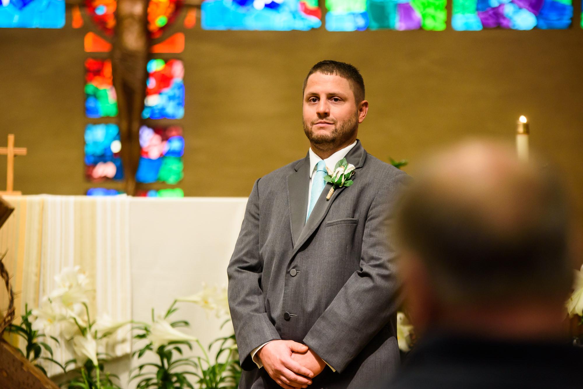 WEDDING-PHOTOGRAPHERS-IN-OMAHA-0010.jpg