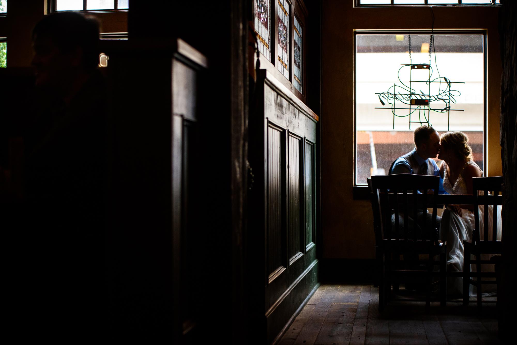 SIOUX-CITY-WEDDING-PHOTOGRAPHER-0028.jpg