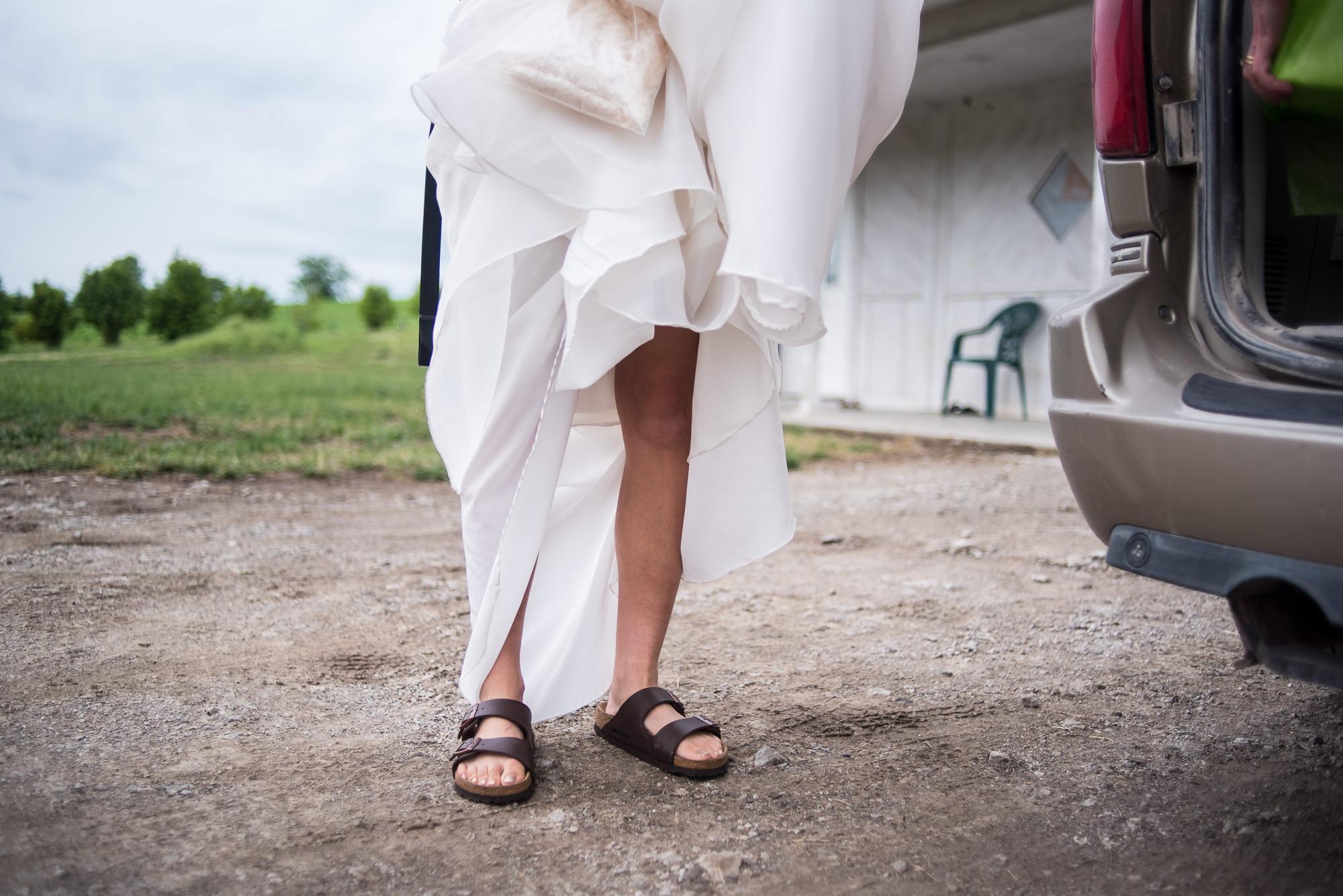 WEDDING-PHOTOGRAPHERS-IN-IOWA-0002.jpg