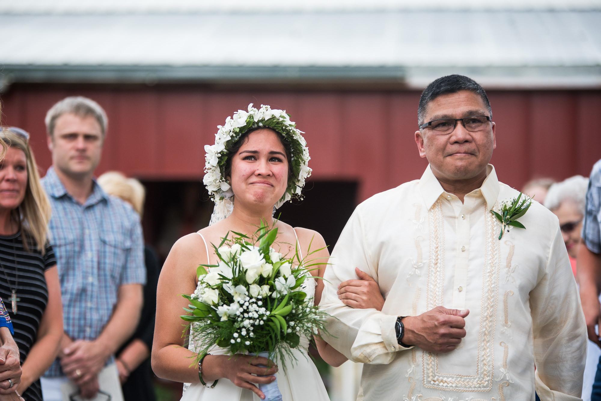 WEDDING-PHOTOGRAPHERS-IN-IOWA-0012.jpg