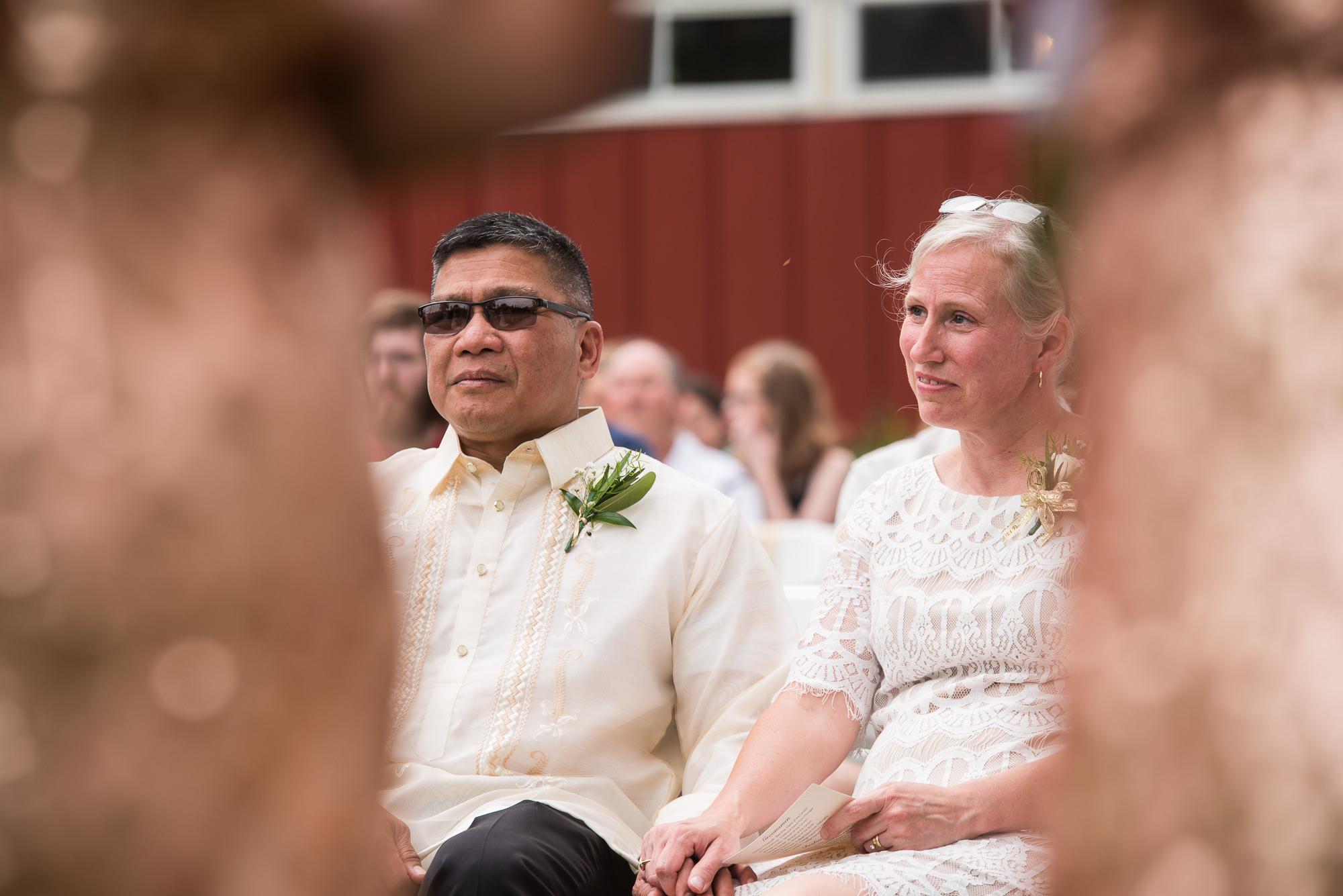 WEDDING-PHOTOGRAPHERS-IN-IOWA-0017.jpg