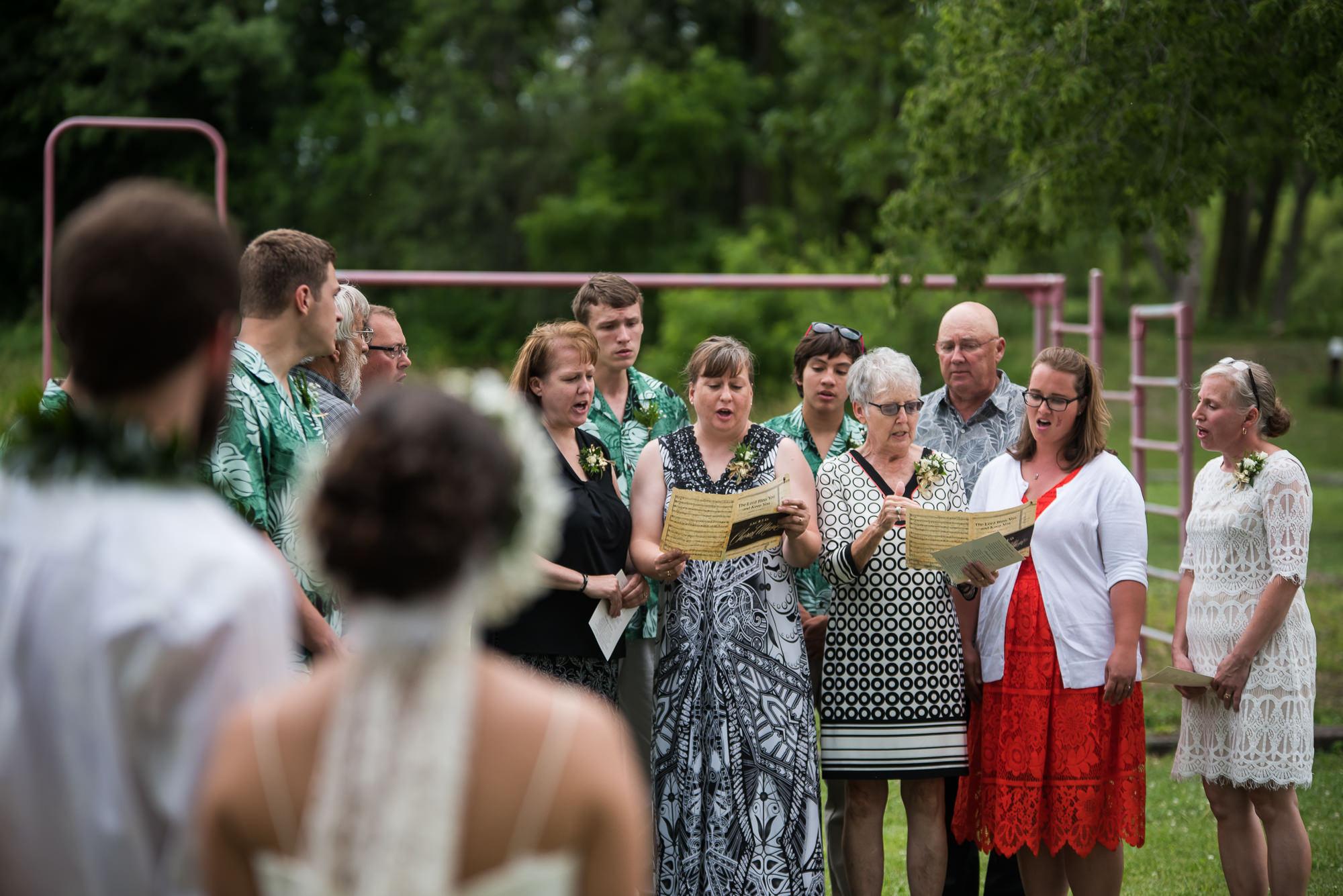WEDDING-PHOTOGRAPHERS-IN-IOWA-0020.jpg