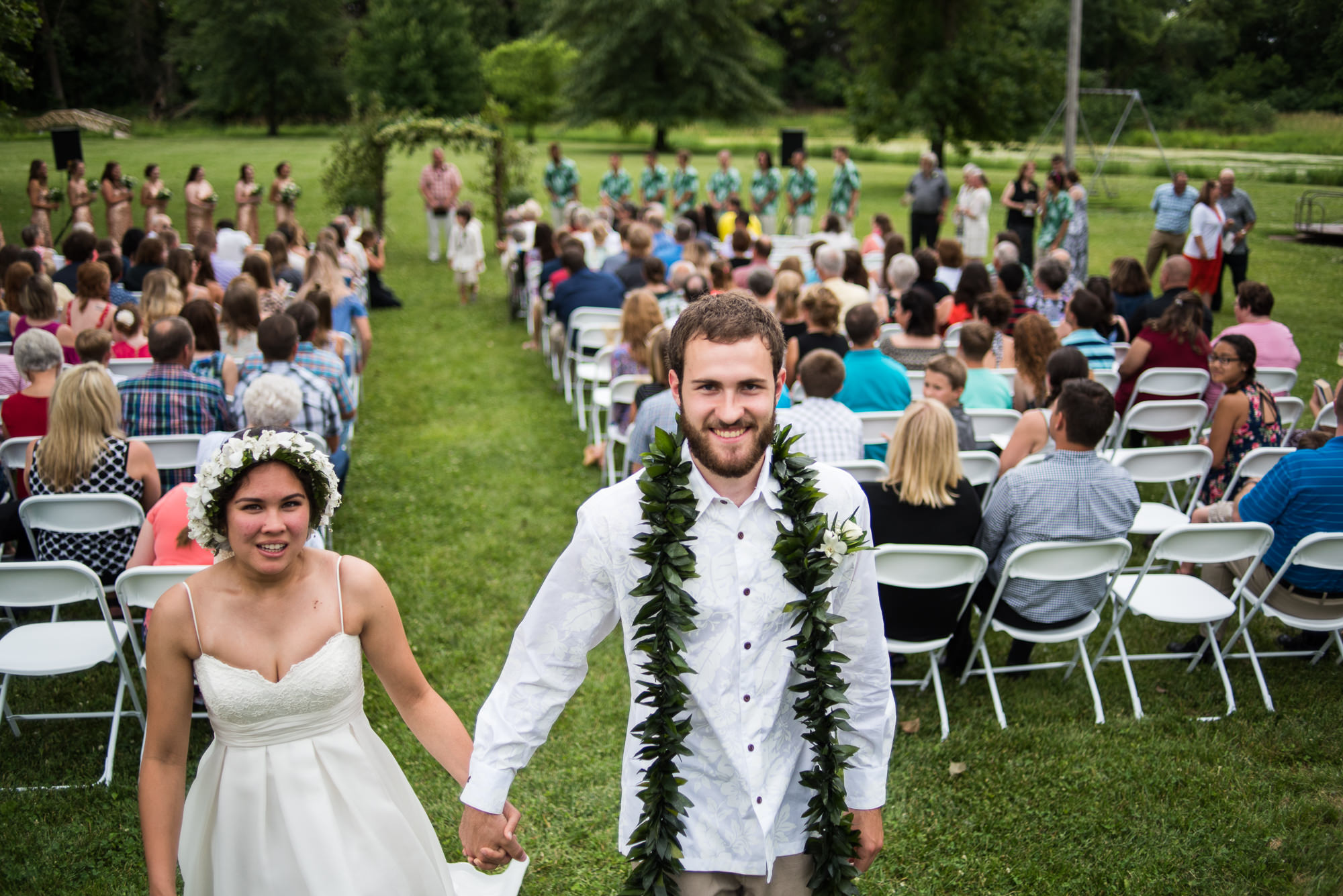 WEDDING-PHOTOGRAPHERS-IN-IOWA-0021.jpg