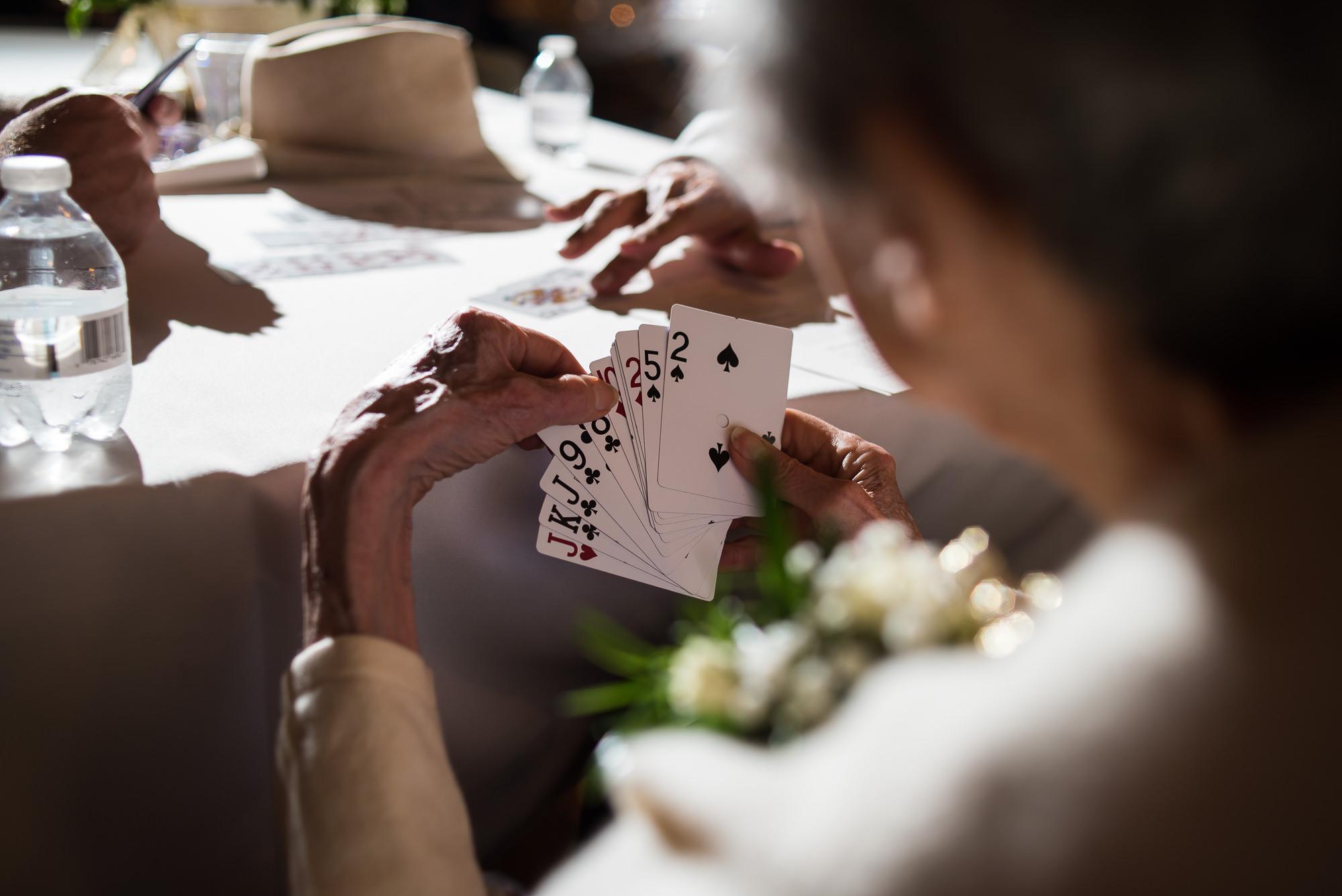 WEDDING-PHOTOGRAPHERS-IN-IOWA-0030.jpg