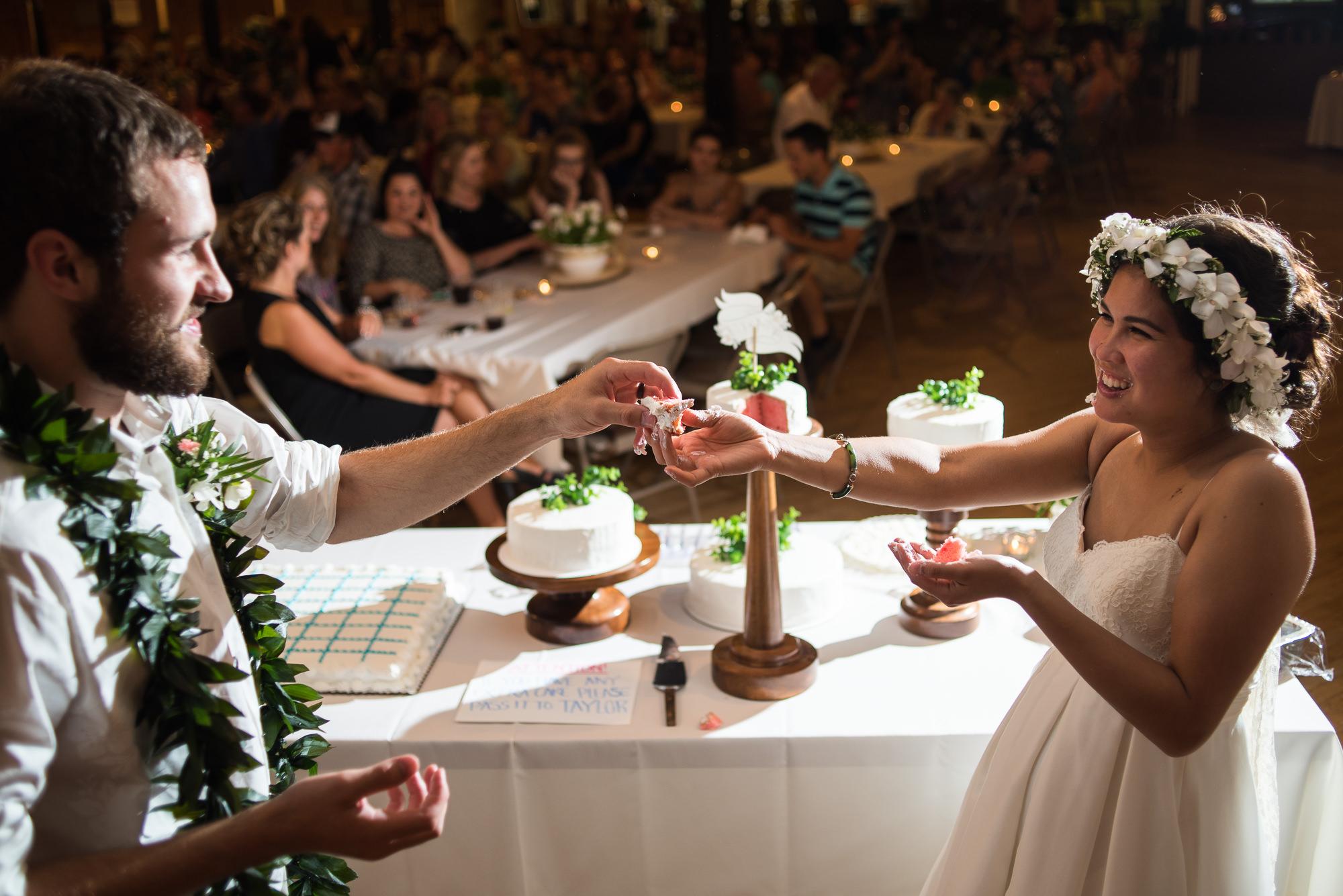 WEDDING-PHOTOGRAPHERS-IN-IOWA-0031.jpg