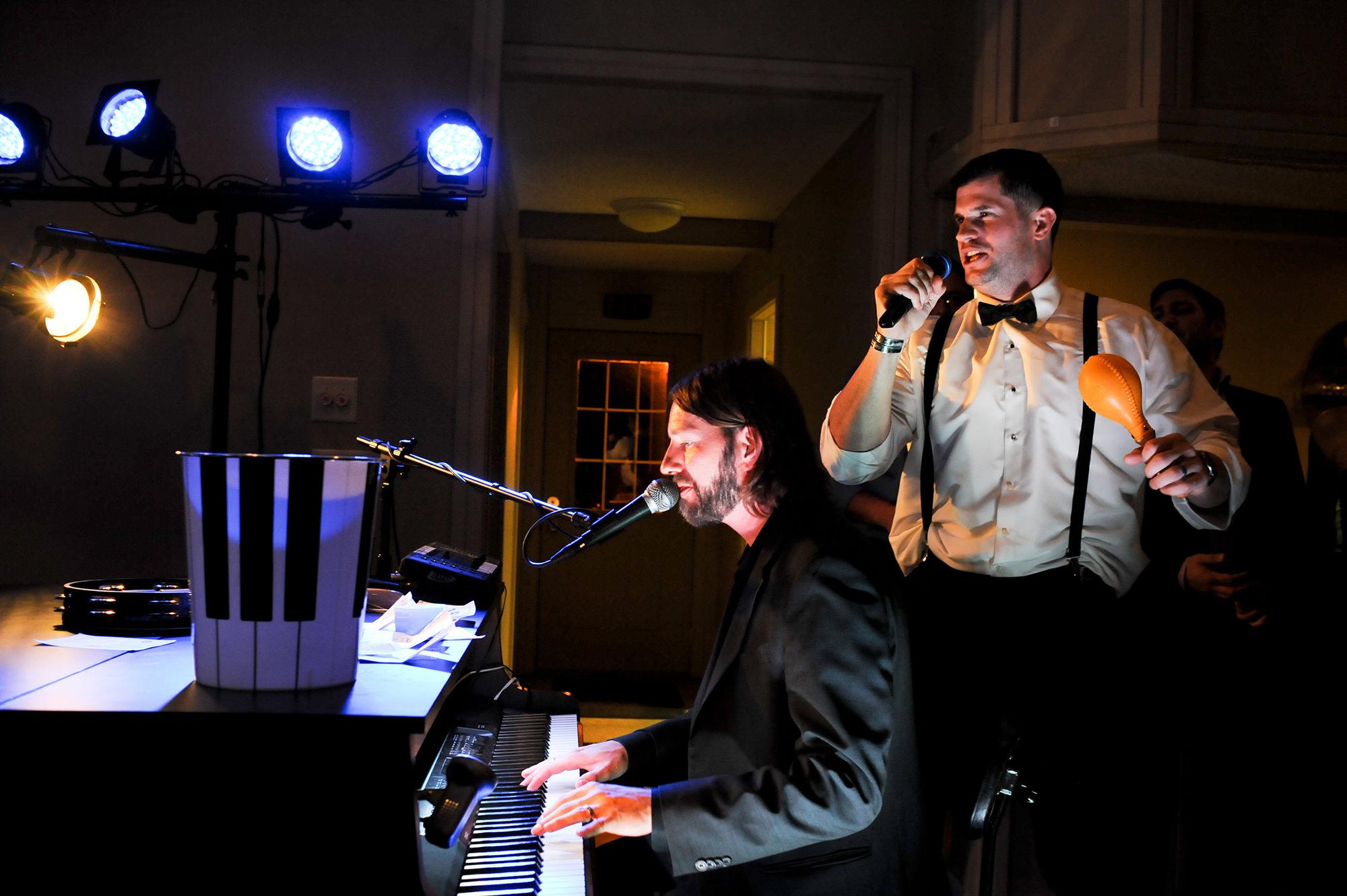 DUELING PIANOS OMAHA WEDDING.jpg