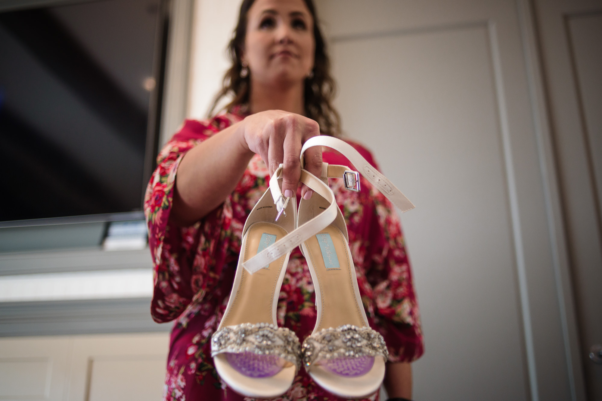 KEVIN-STACY-NOAHS-EVENT-VENUE-OMAHA-WEDDING-PHOTOGRAPHER-006.jpg