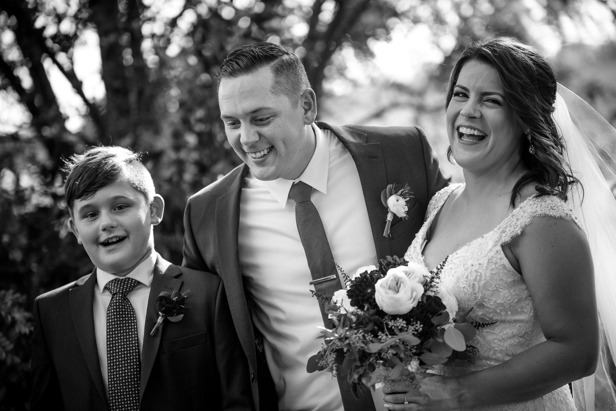 KEVIN-STACY-NOAHS-EVENT-VENUE-OMAHA-WEDDING-PHOTOGRAPHER-014.jpg