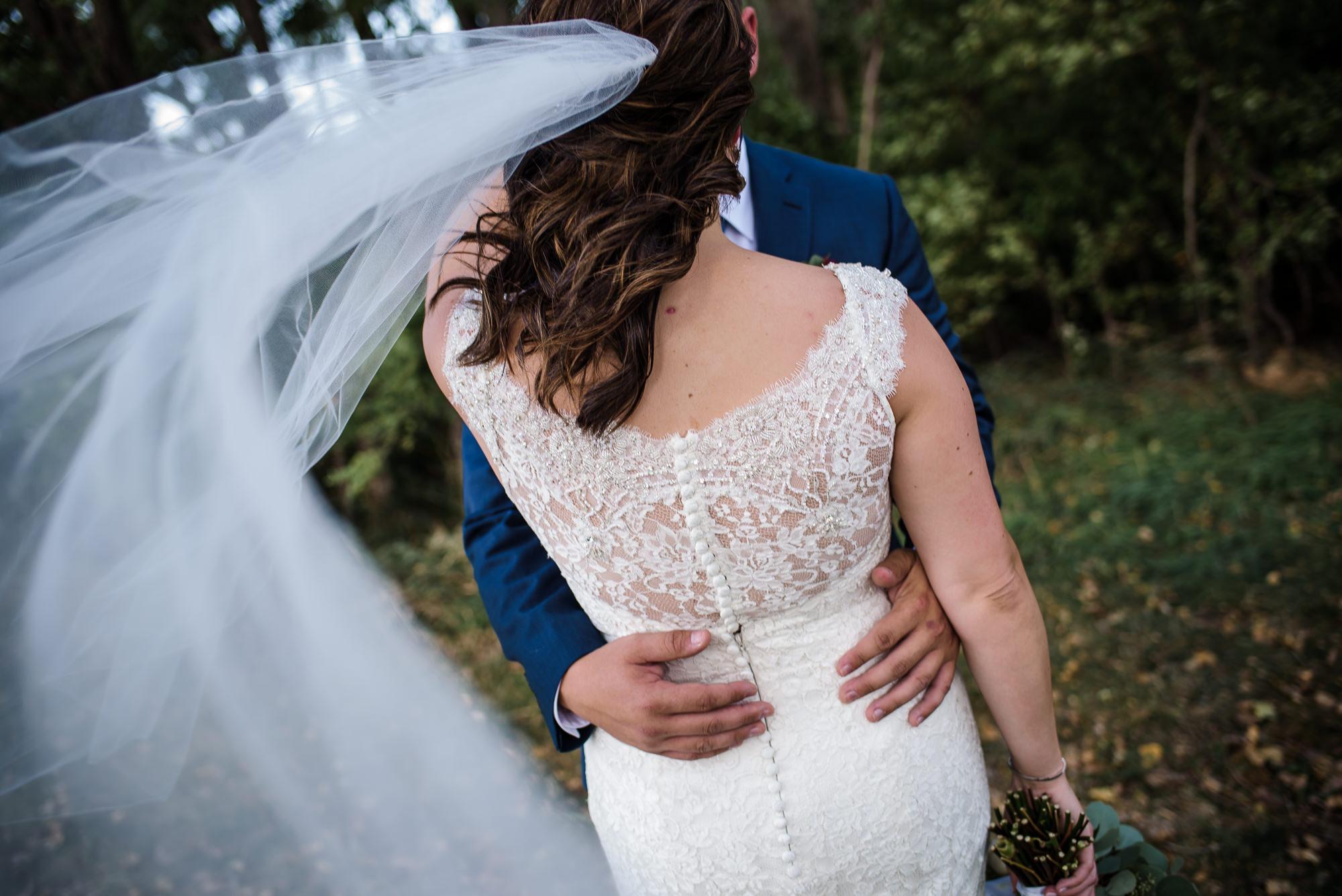 KEVIN-STACY-NOAHS-EVENT-VENUE-OMAHA-WEDDING-PHOTOGRAPHER-015.jpg