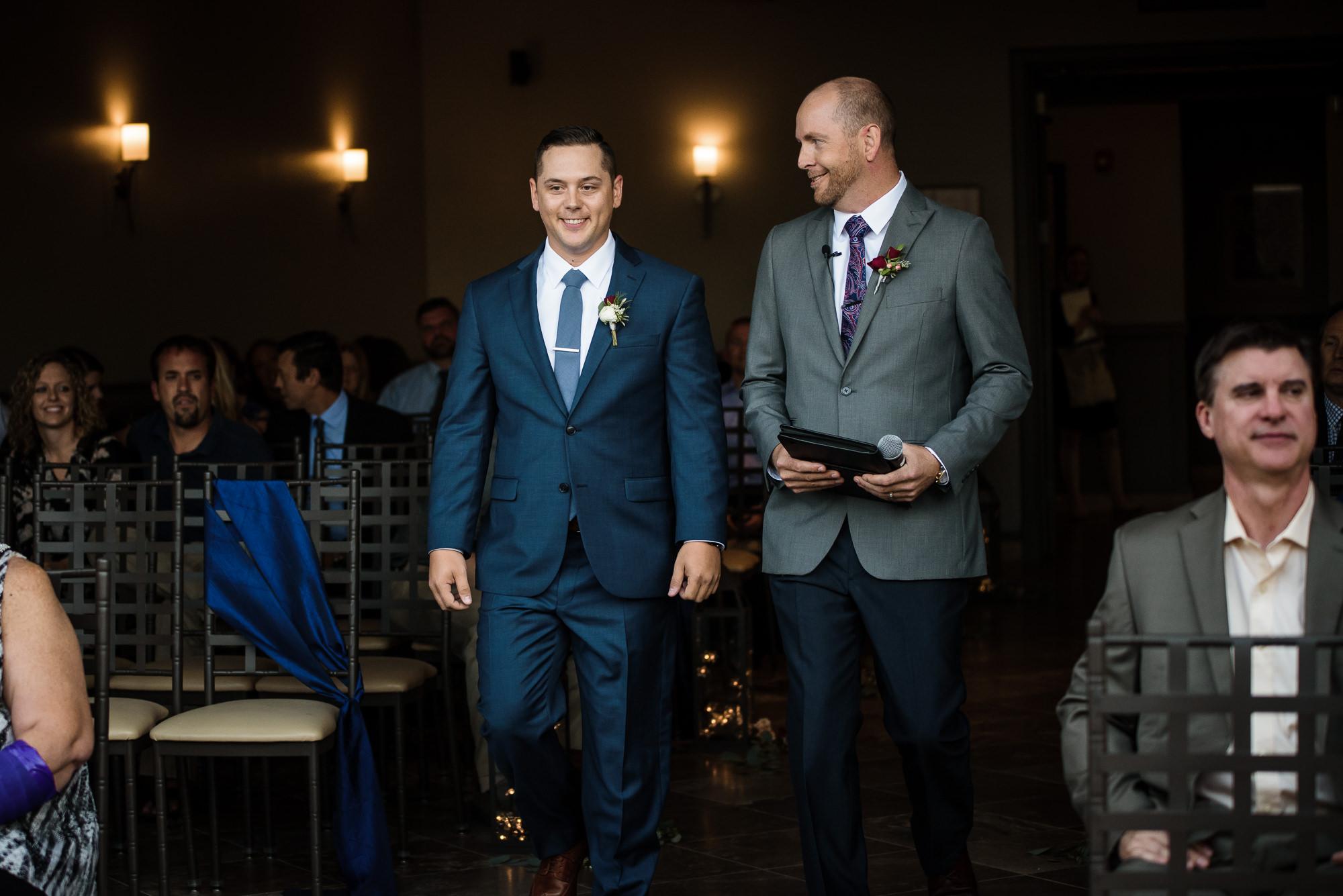KEVIN-STACY-NOAHS-EVENT-VENUE-OMAHA-WEDDING-PHOTOGRAPHER-017.jpg