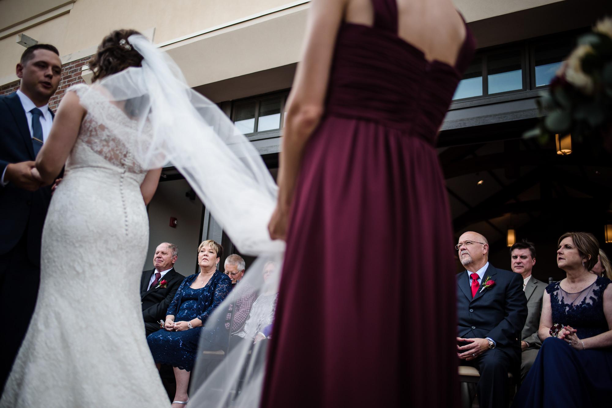KEVIN-STACY-NOAHS-EVENT-VENUE-OMAHA-WEDDING-PHOTOGRAPHER-020.jpg