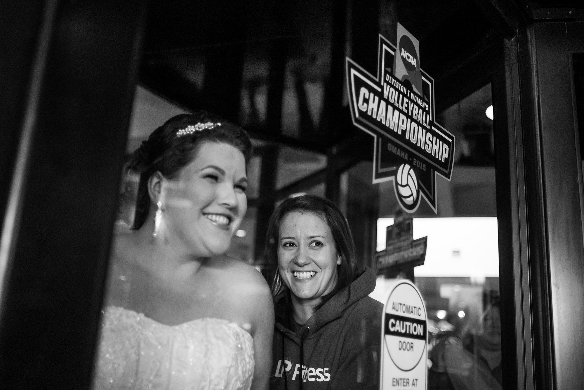 embassy-suites-omaha-downtown-national-volleyball-championships-omaha-wedding-photographer.jpg