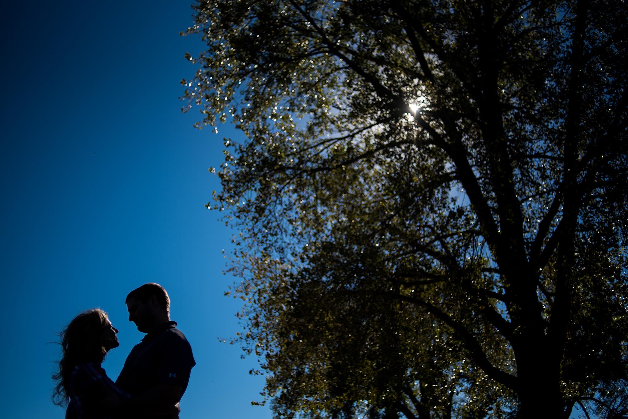 twin-rivers-omaha-campground-engagement-photos-in-nebraska.jpg