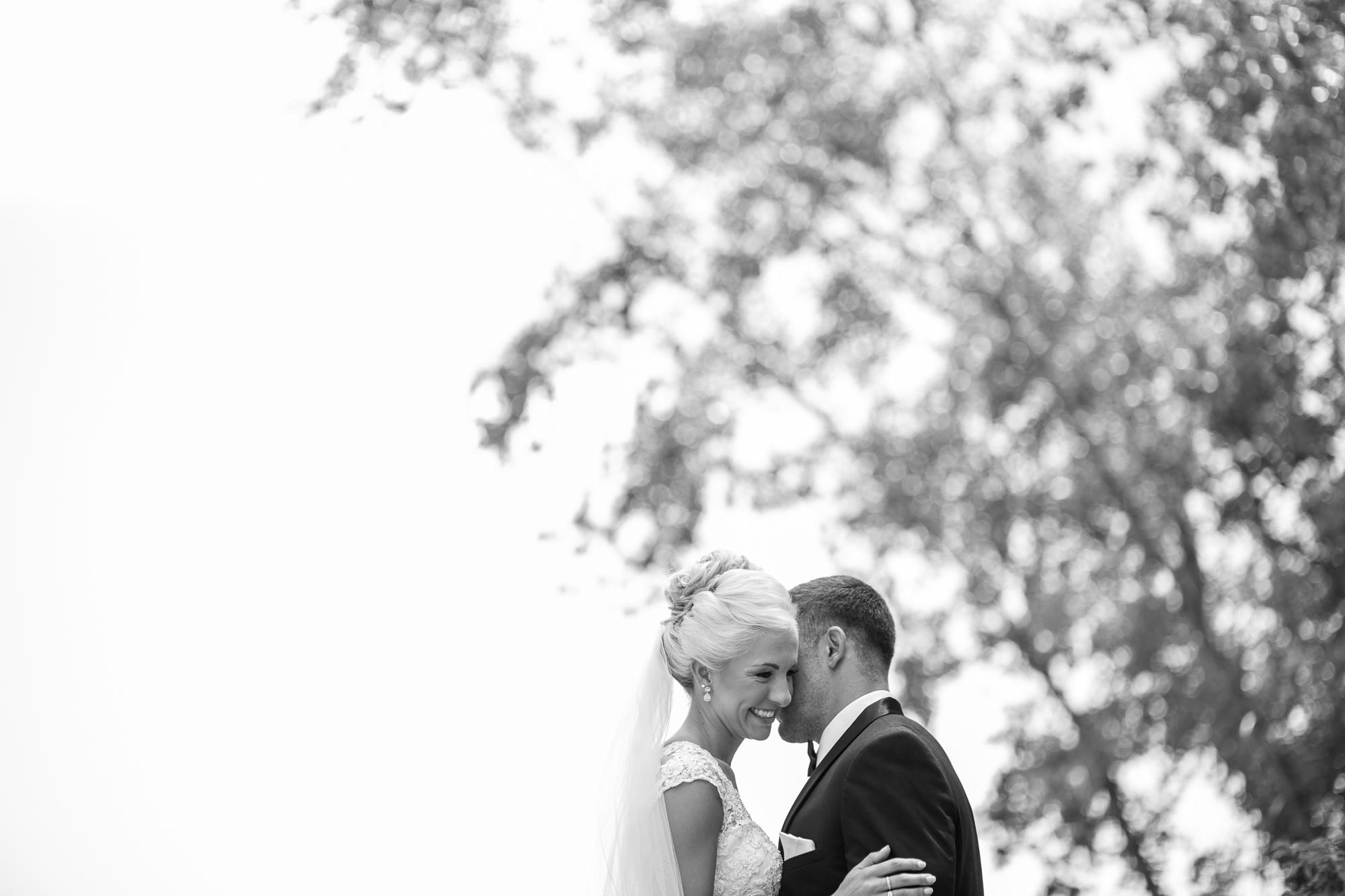 DAKOTA-DUNES-WEDDING-SOUTH-DAKOTA-WEDDING-PHOTOGRAPHER-0006.jpg