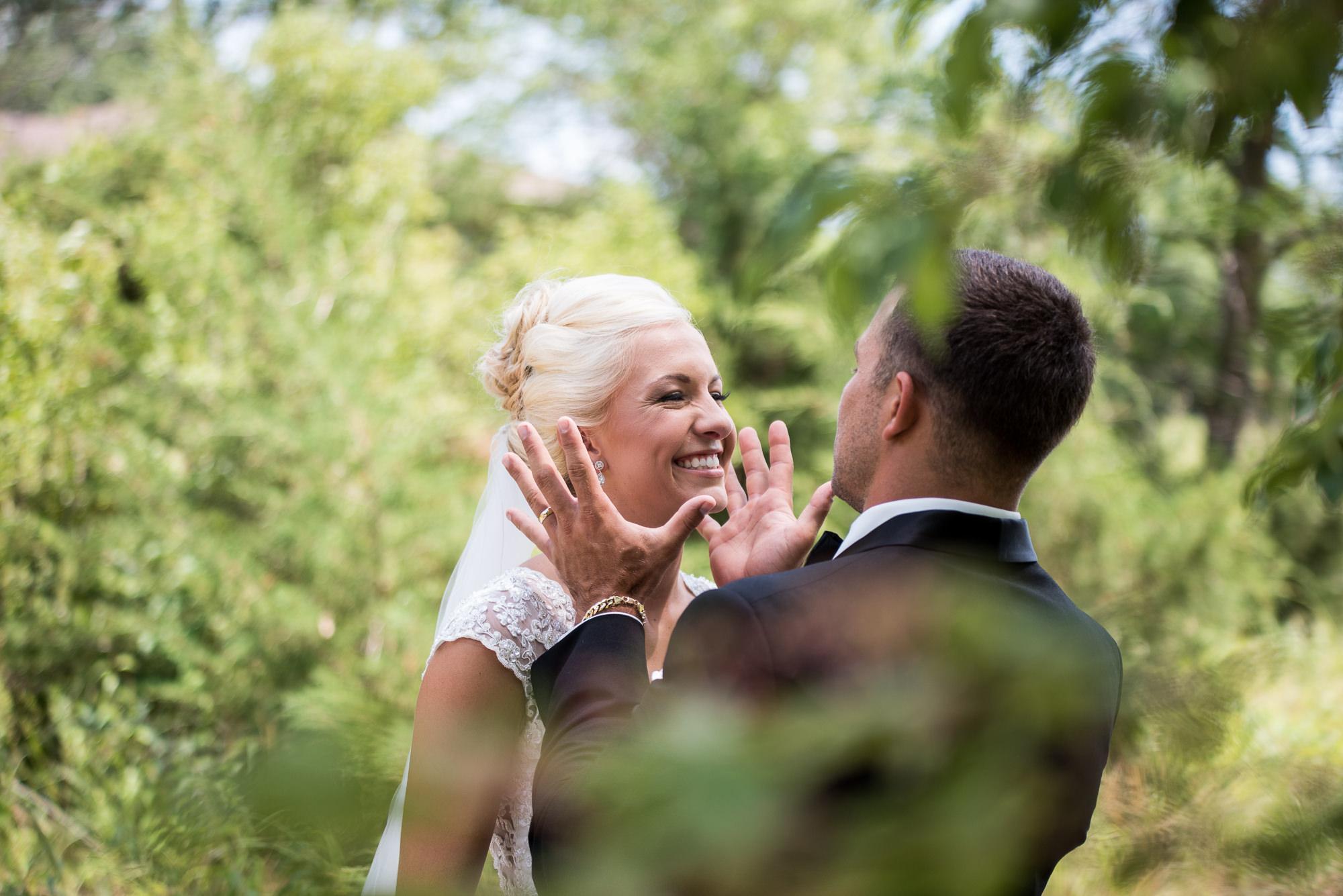 DAKOTA-DUNES-WEDDING-SOUTH-DAKOTA-WEDDING-PHOTOGRAPHER-0007.jpg
