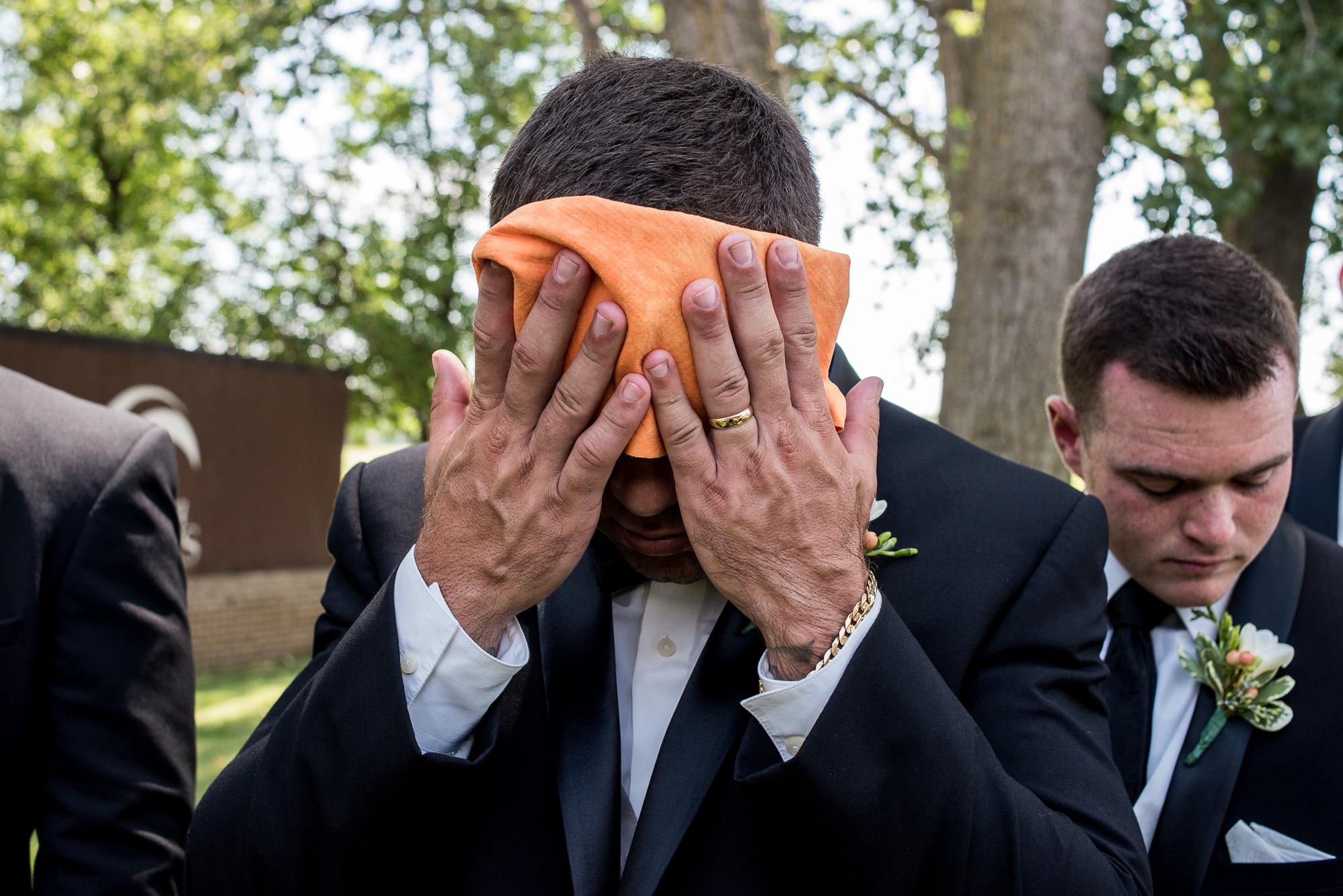 DAKOTA-DUNES-WEDDING-SOUTH-DAKOTA-WEDDING-PHOTOGRAPHER-0008.jpg