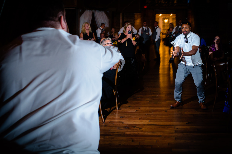 derek-sara-the-omaha-barn-ackerhurst-dairy-farm-0032-omaha-wedding-photographer-jm-studios.JPG