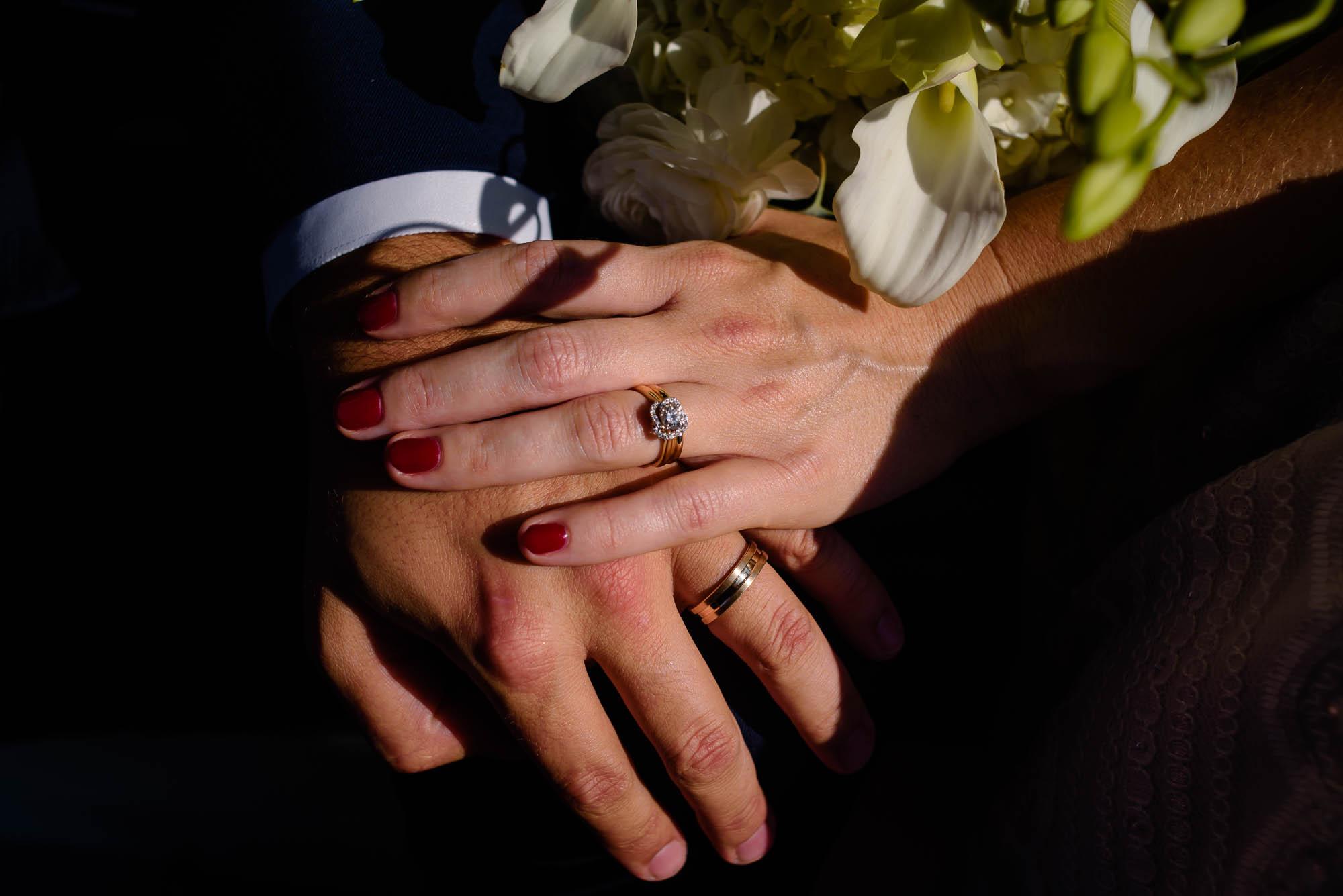 lauritzen-garden-omaha-liz-daniel-omaha-wedding-photographer-jm-studios-17017.jpg