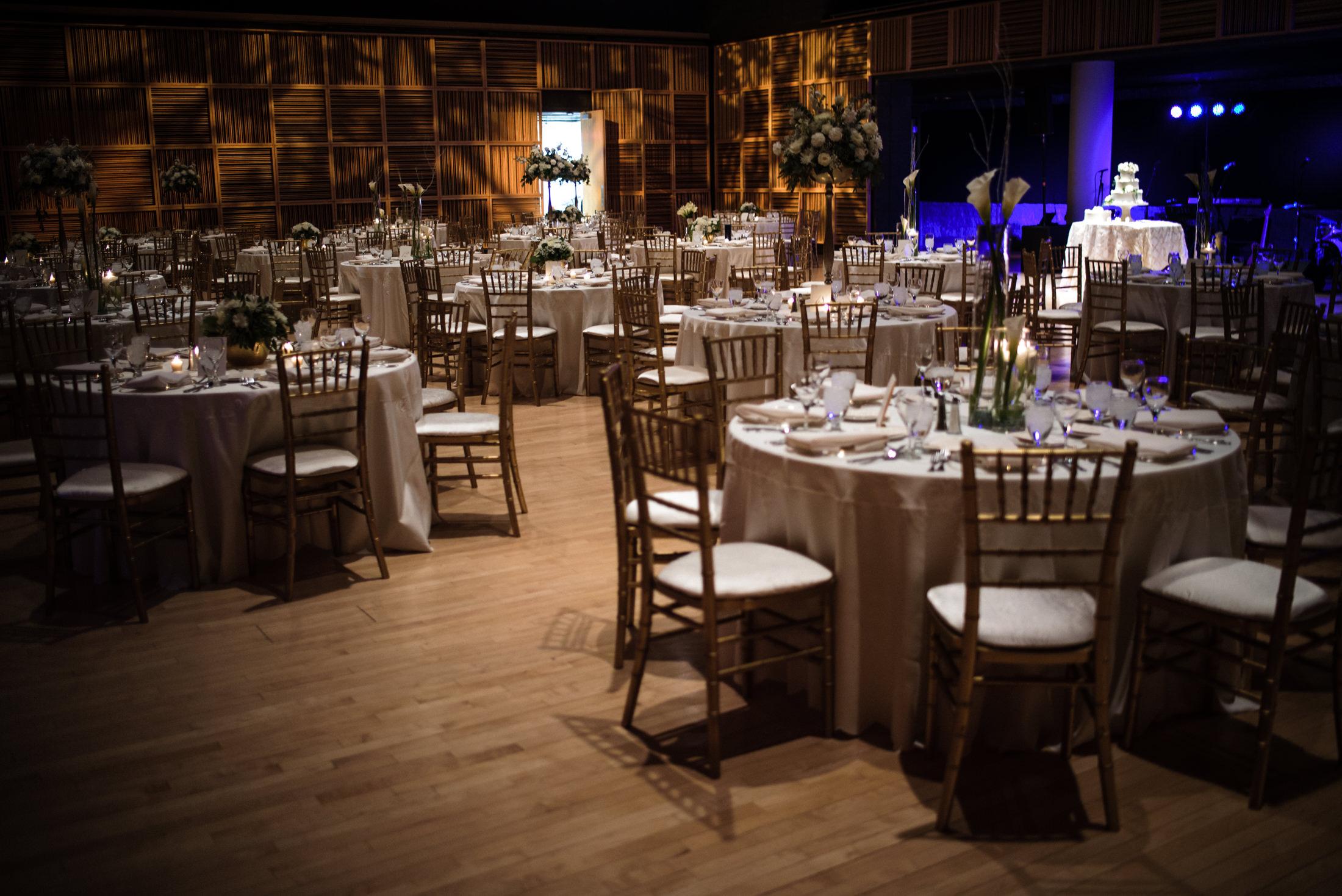 holland-center-reception-omaha-wedding-photographer-0005.JPG