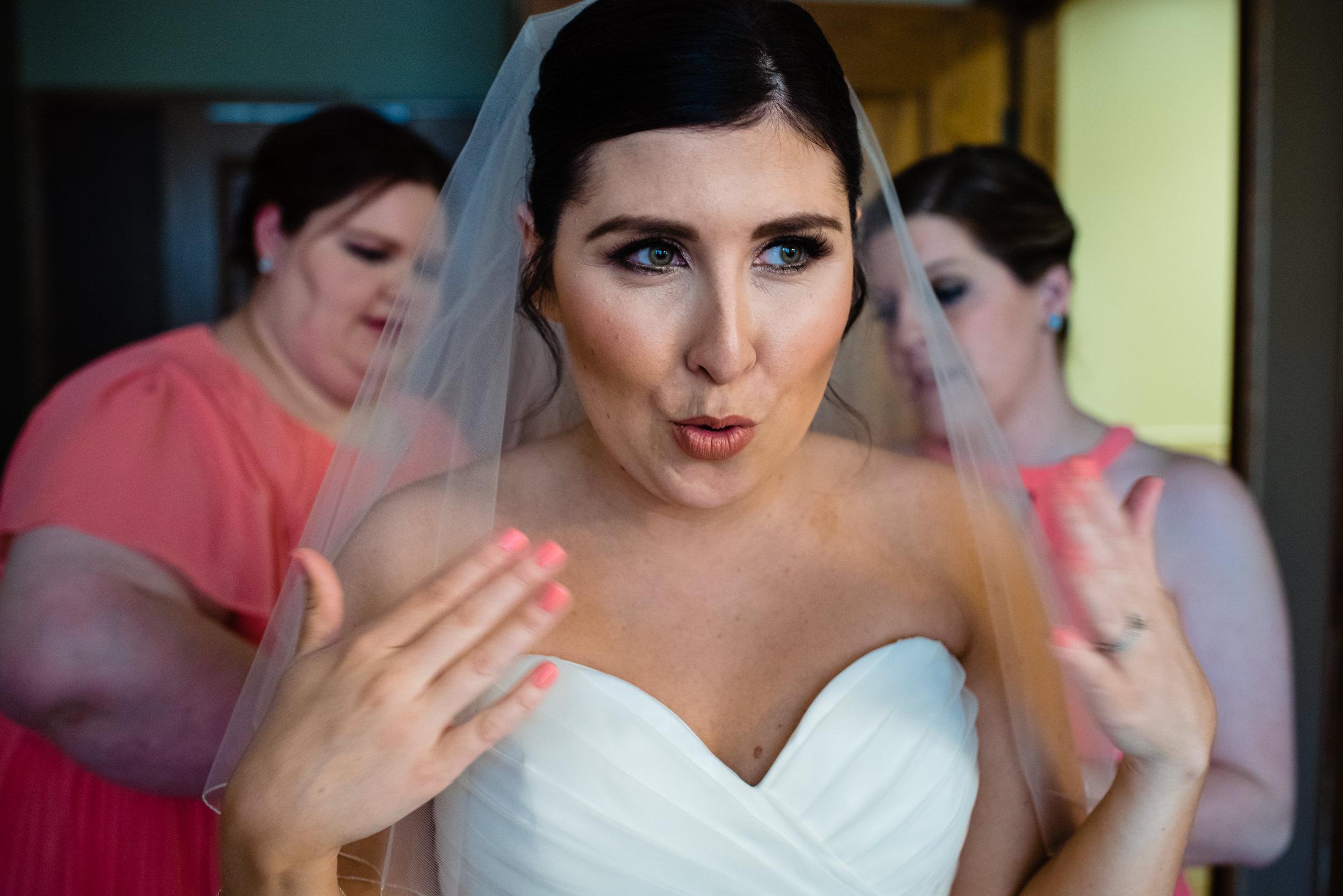 Omaha Wedding PHotographer005.JPG