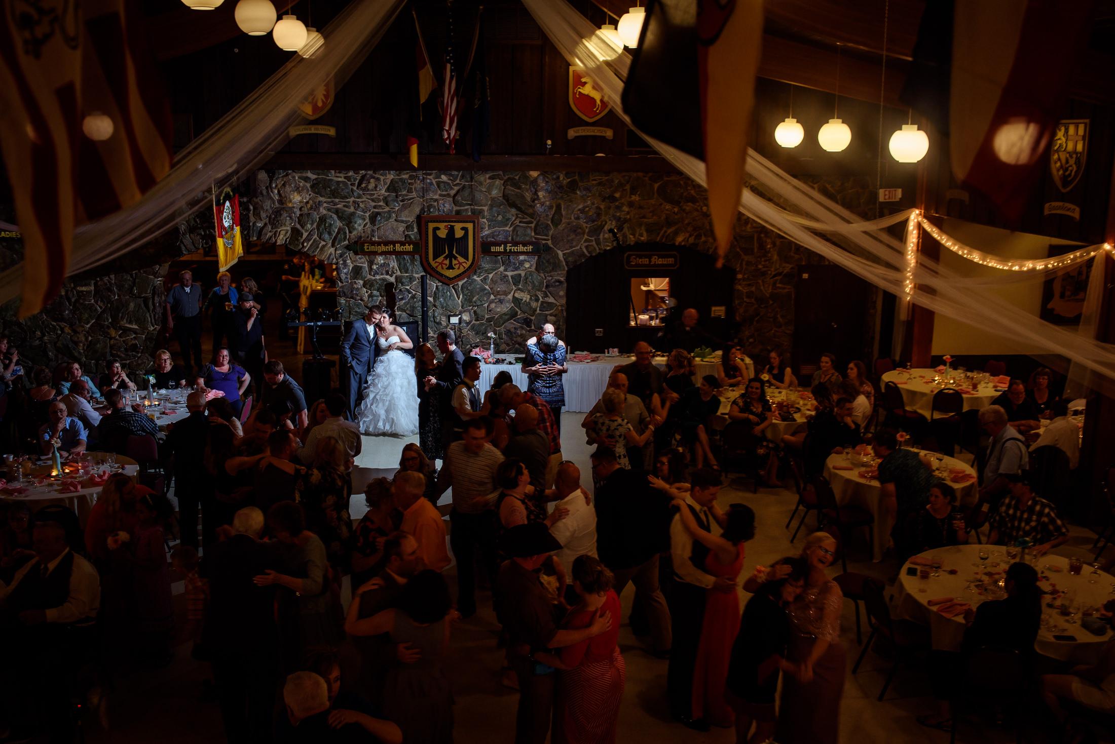 Omaha Wedding PHotographer023.JPG