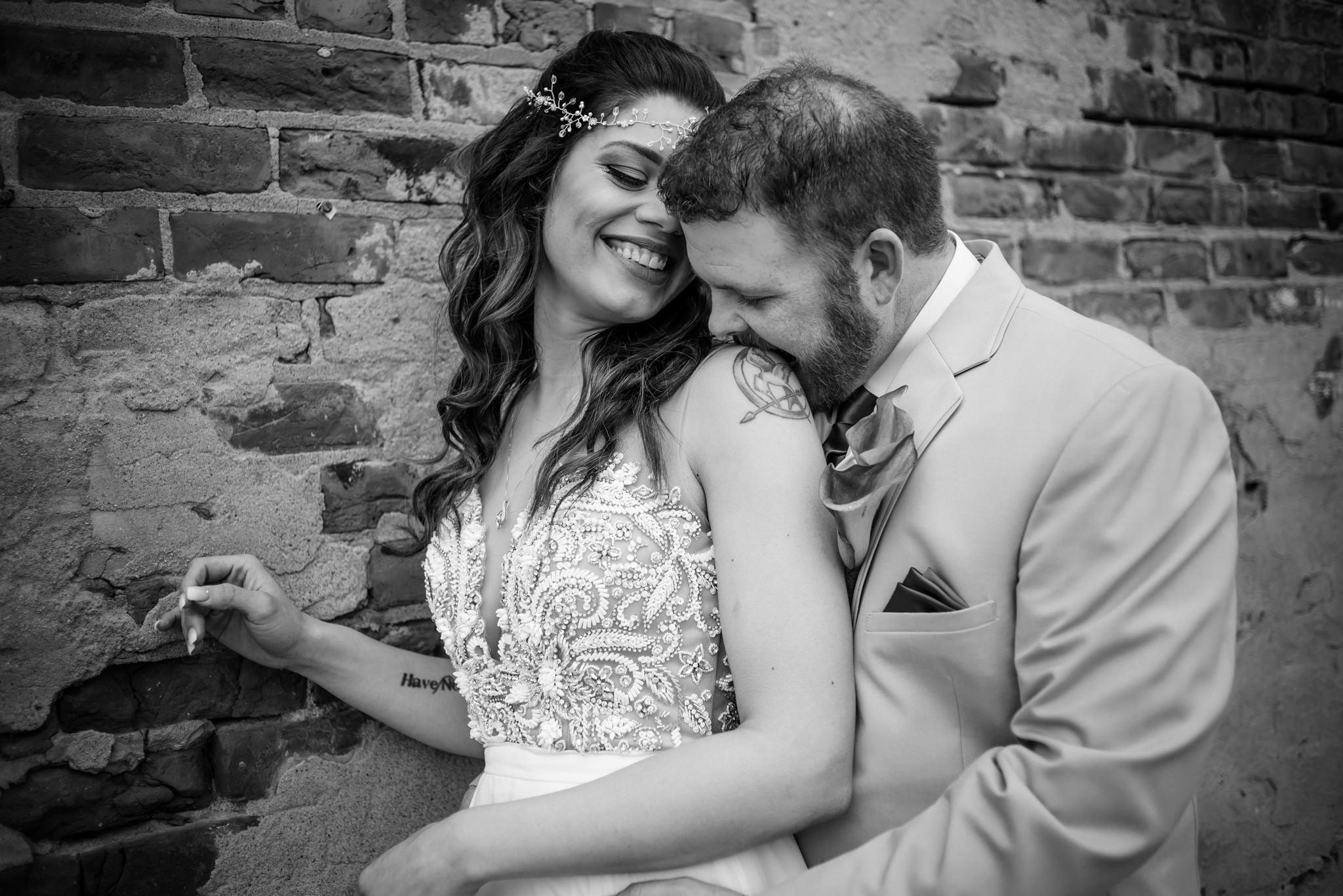 HILTON-OMAHA-WEDDING-PHOTOGRAPHER-JM-STUDIOS-OMAHA-LIV-BRICE-016.jpg