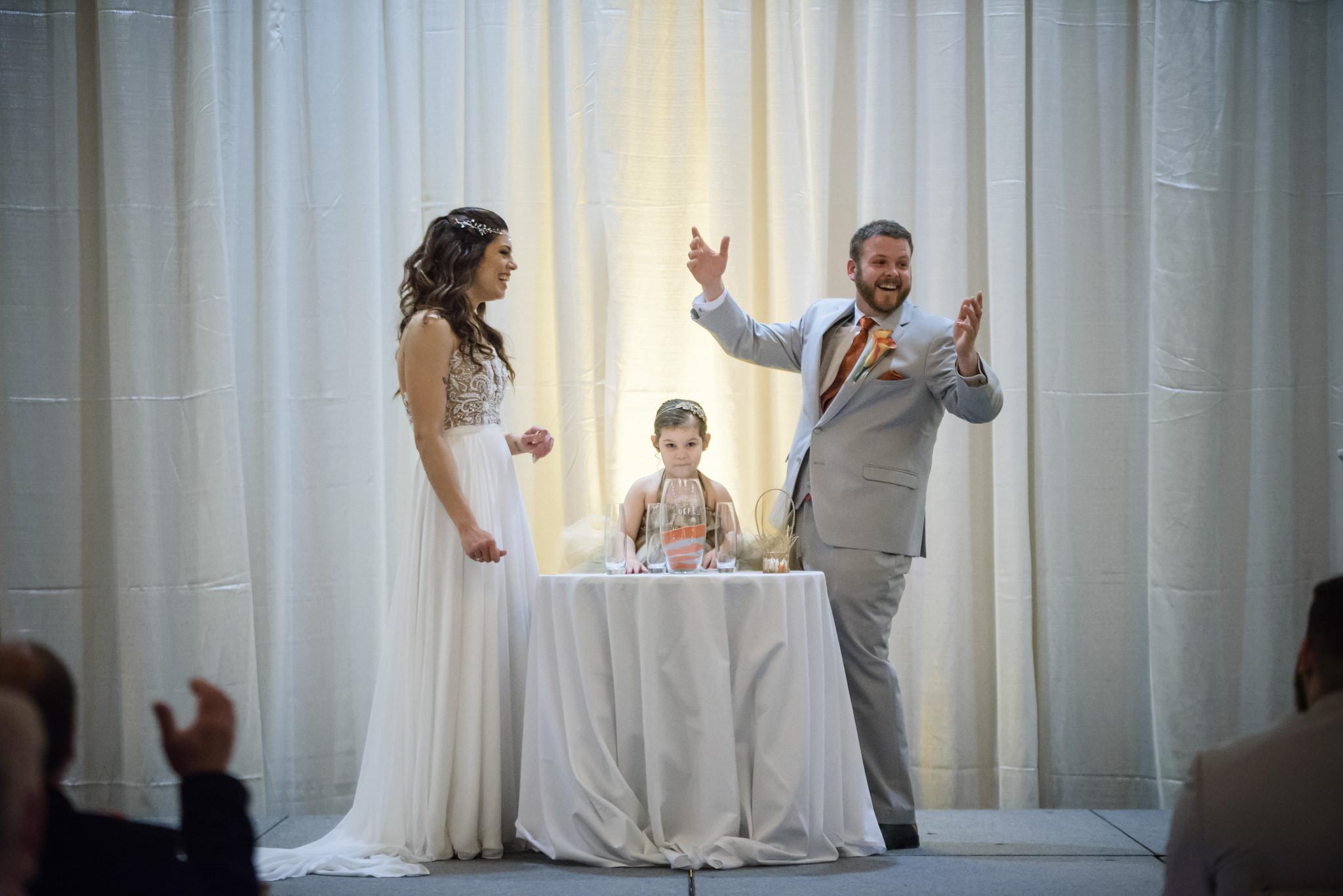 HILTON-OMAHA-WEDDING-PHOTOGRAPHER-JM-STUDIOS-OMAHA-LIV-BRICE-025.jpg