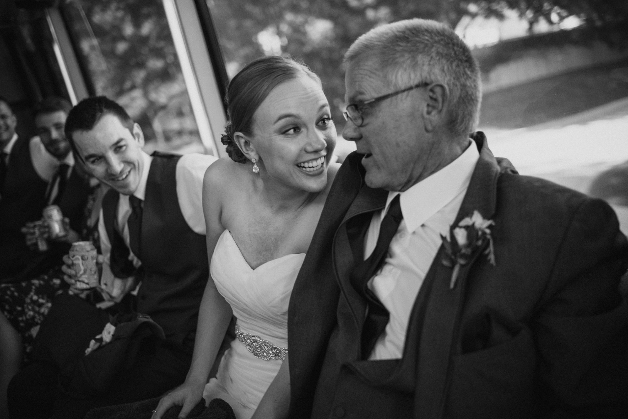 OMAHA-MARRIOTT-WEDDING-DOWNTOWN-MARRIOTT-OMAHA-WEDDING-PHOTOGRAPHER-JM-STUDIOS-024.jpg