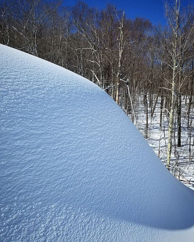 Spot the 30' DV7 Step snapped by John from Snow Logic Crew 📷 . . . #firepowerfriday #sevenstep #vflow #sunsoutgunsout #lowe #allmountain #snowmaking