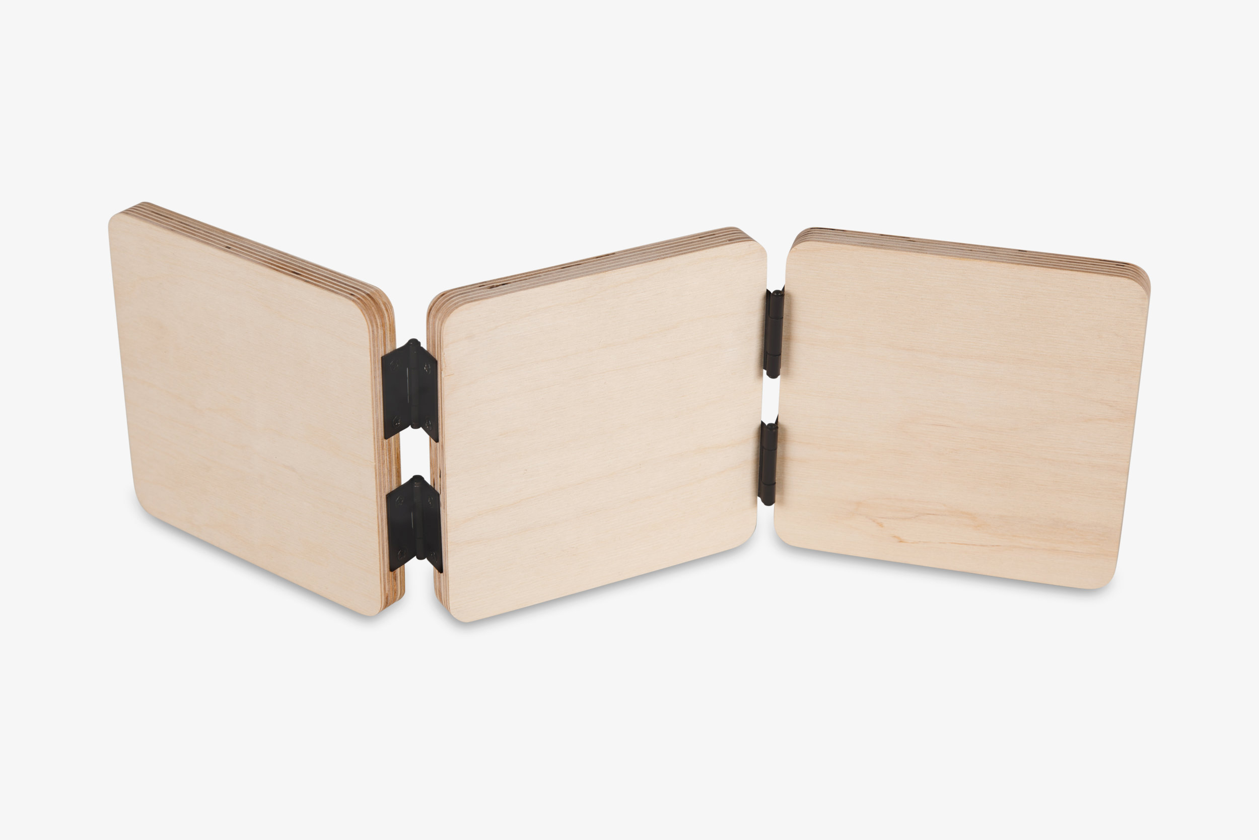 Mendoza Accordion Wood Print Back