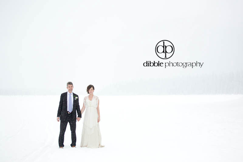 emerald-lake-winter-wedding-20.jpg