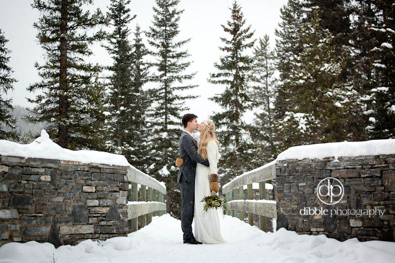 lake-louise-winter-wedding-10.jpg