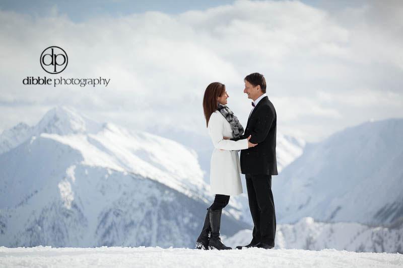 kicking-horse-winter-elopement-jm08.jpg