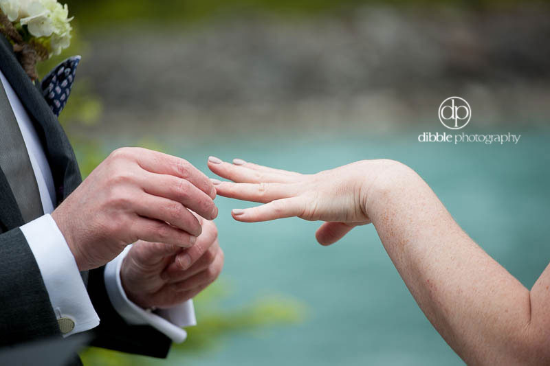 cathedral-mountain-lodge-elopement11.jpg