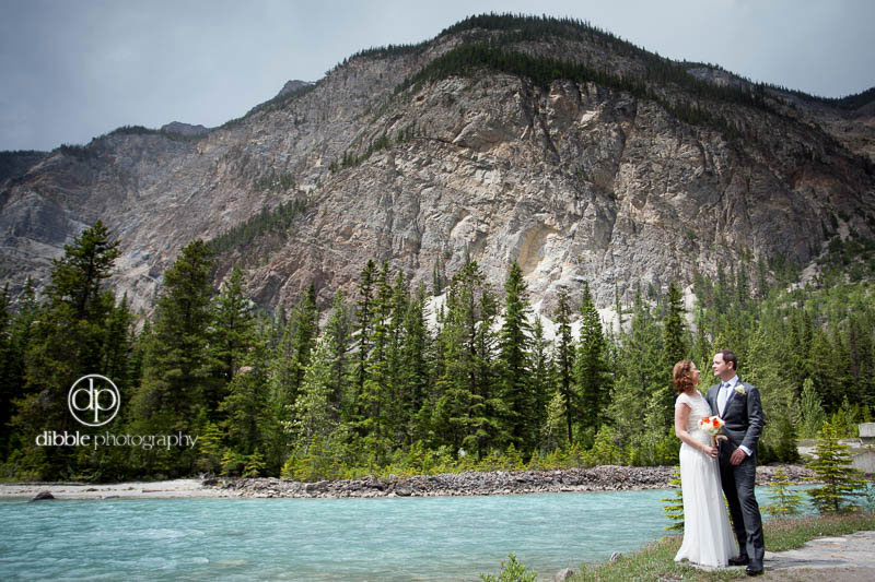cathedral-mountain-lodge-elopement13.jpg