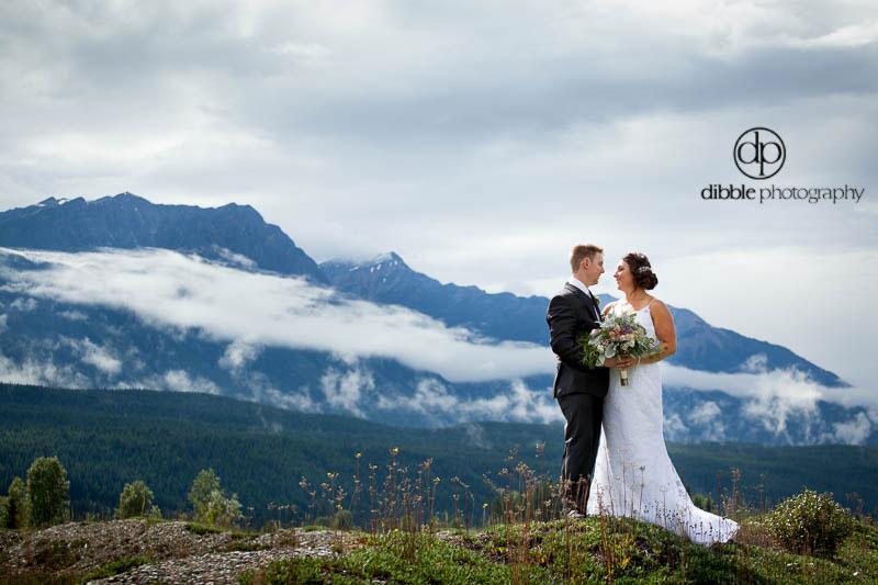 hillside-lodge-wedding-ja15.jpg