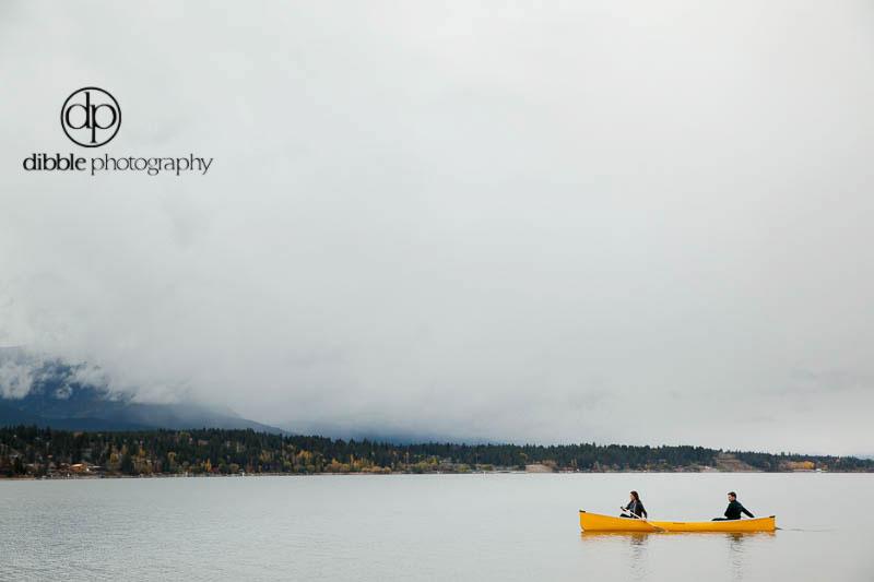 invermere-canoe-engagement-JM09.jpg