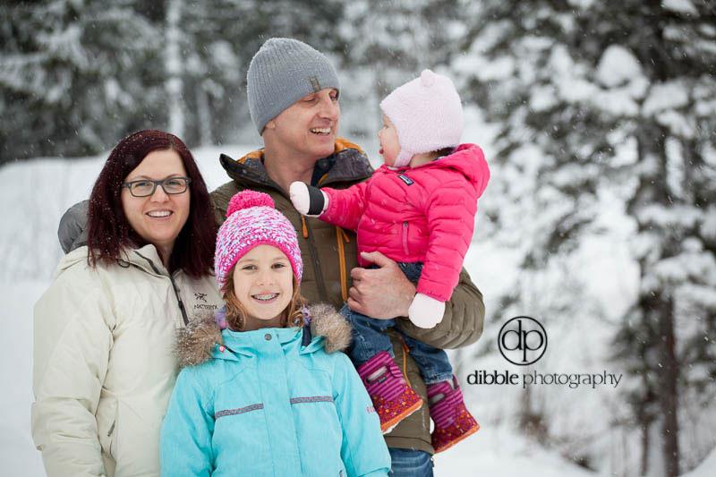 golden-winter-family-photos-S09.jpg