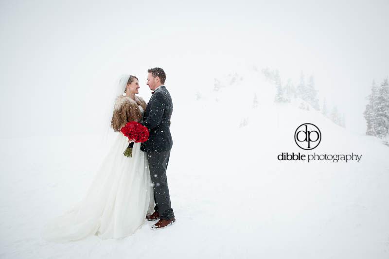 kicking-horse-winter-wedding-ga12.jpg