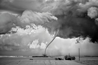 mitch-dobrowner-usa-sony-world-photography-awards-photographer-of-the-year-2012-335x224.jpeg