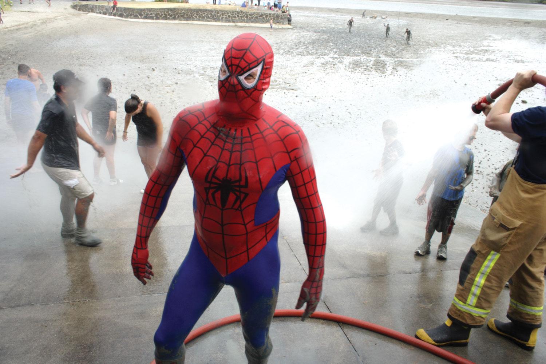 John B Turner: Spider Man, Mud Run, Chapman Strand, January 20, 2008. (JBT28424)
