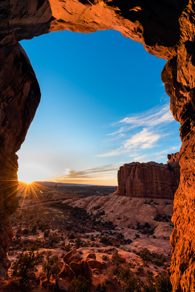 Sunset at Arches National Park, Moab;Nikon D810, 14–24mm, f/16, 1/3s, ISO 64, exposure bias +1.7 steps